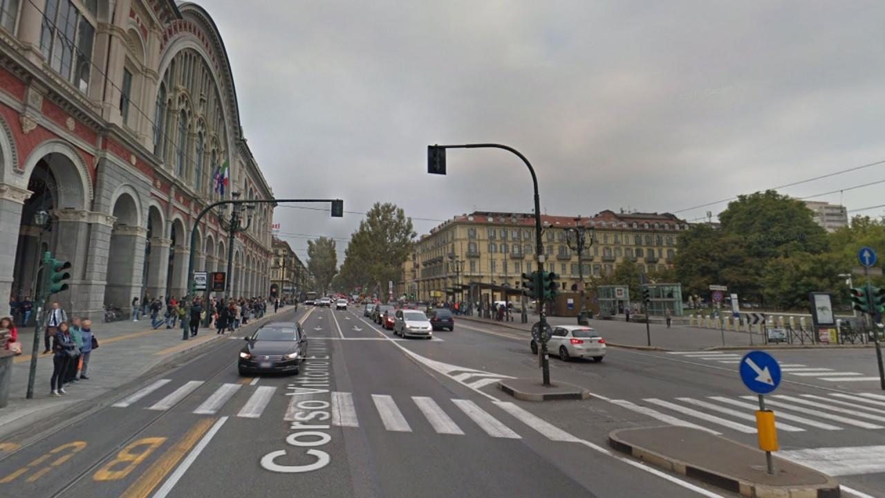 [Copertina] - Torino e dintorni dichiarano guerra alle auto