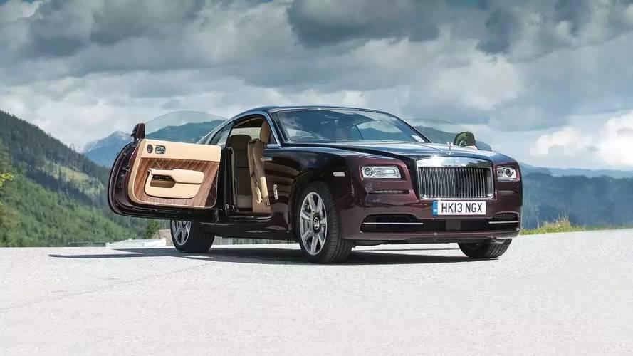 Diez coches con motor V12 que podrás comprar en 2018