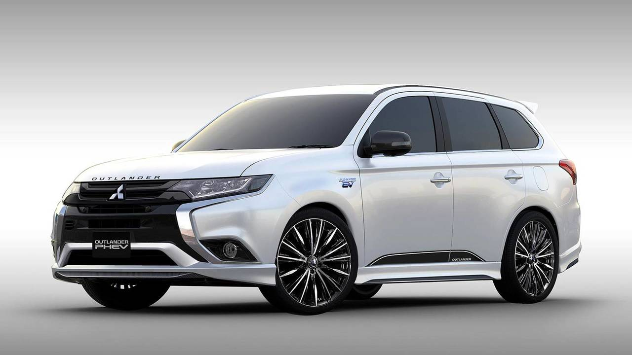 Mitsubishi Outlander Phev Premium Sports Concept Motor1 Com Photos
