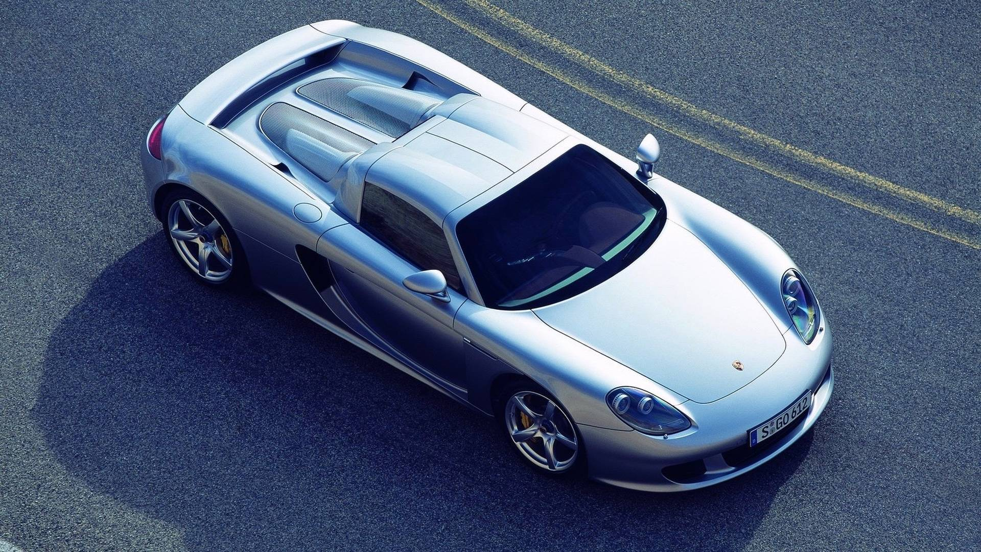 Motor1.com Legends 2004 Porsche Carrera GT