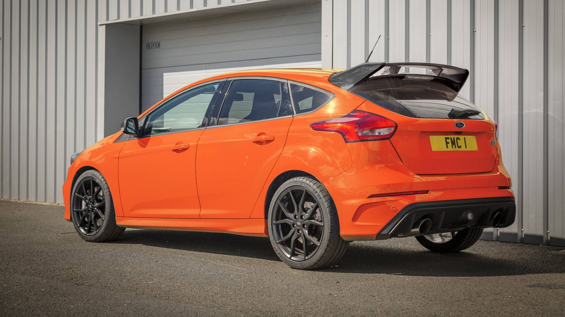 Next Ford Focus Rs Reportedly Arrives In 2020 Packing 400 Hp Hybrid