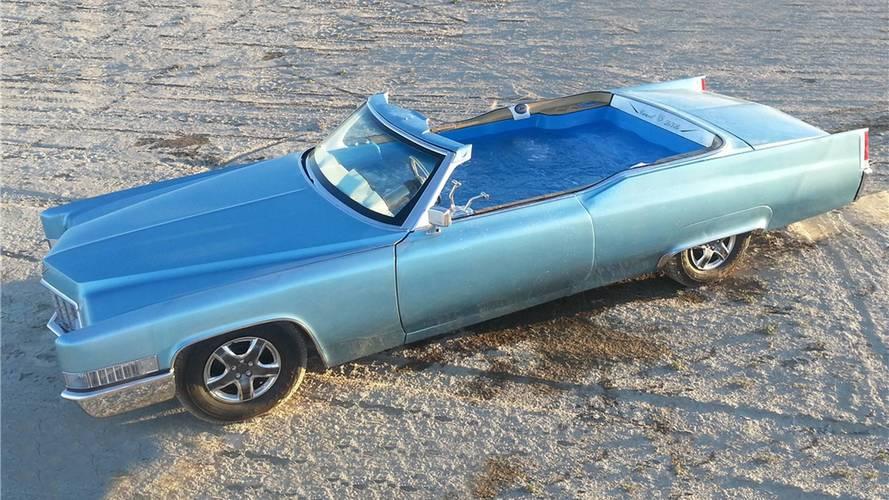 Carpool De Ville, la Cadillac trasformata in piscina