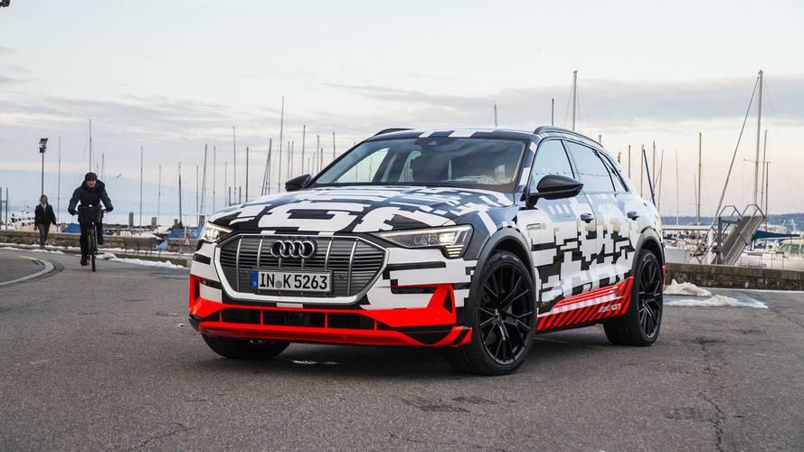 Sorozatgyártáshoz közeli változatban mutatta meg E-Tron SUV-ját az Audi