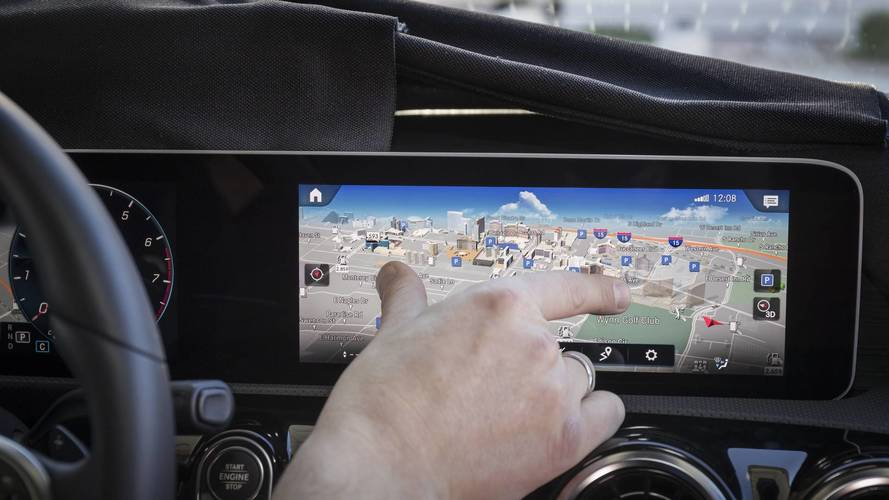Future Mercedes cars to use crime data to avoid dangerous streets