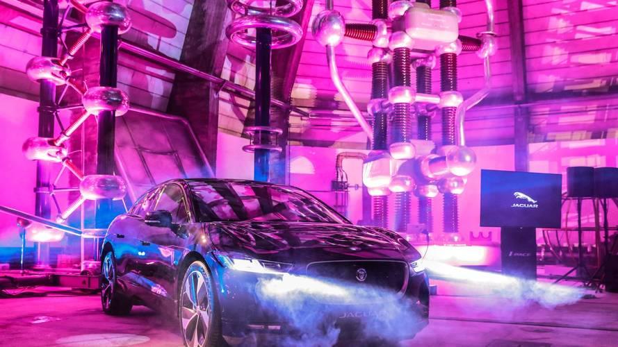 Jaguar I-Pace İstanbul'u elektriklendirmeye geldi