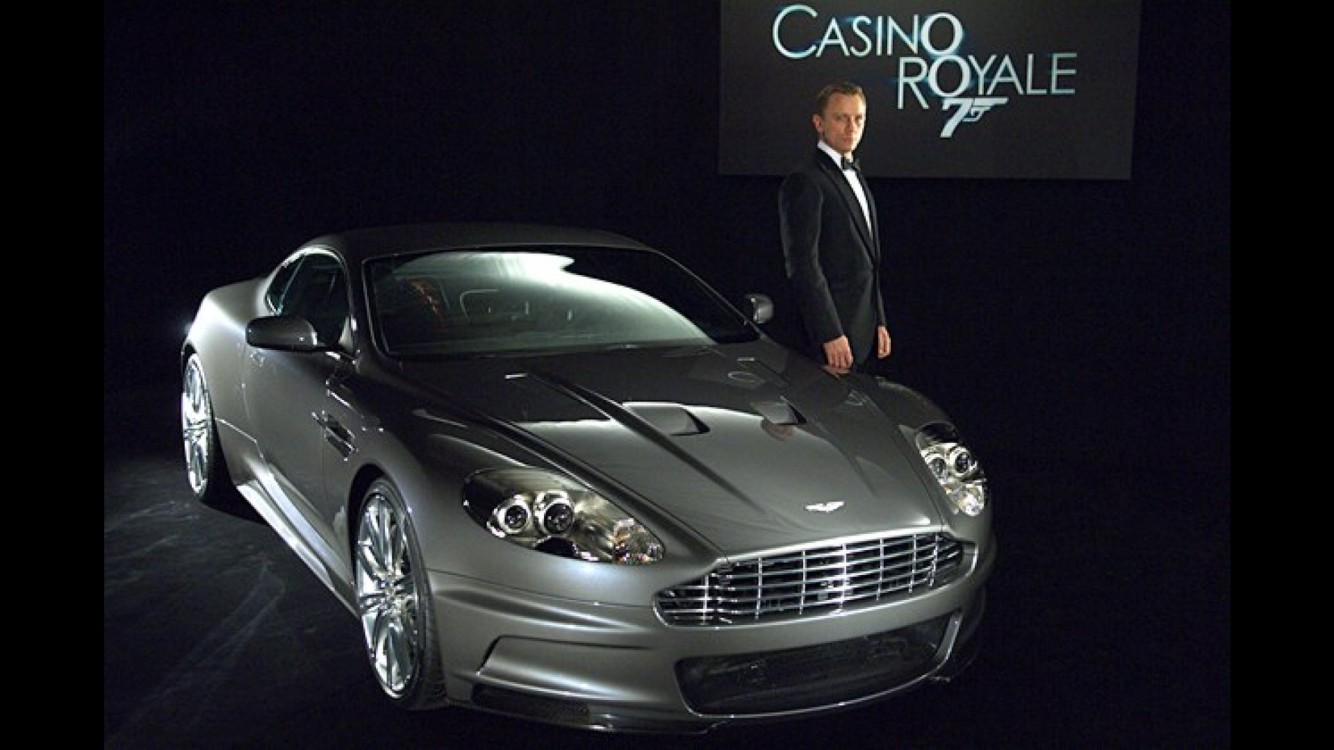 Aston Martin Dbs James Bonds Auto In Casino Royale