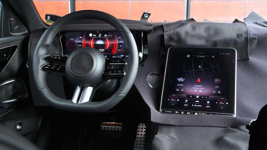 Новый Mercedes-Benz C-класса: 252 км/ч и гигантский тачскрин