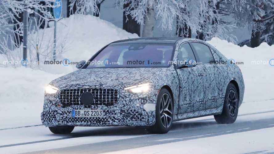 Mercedes-AMG S63e spotted winter testing its plug-in hybrid powertrain