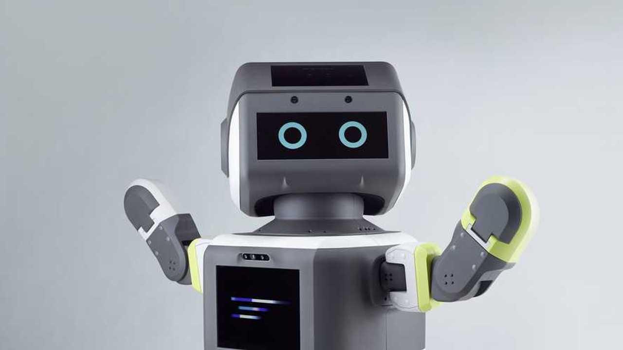 Робот Hyundai заставит посетителей шоурумов надевать маски