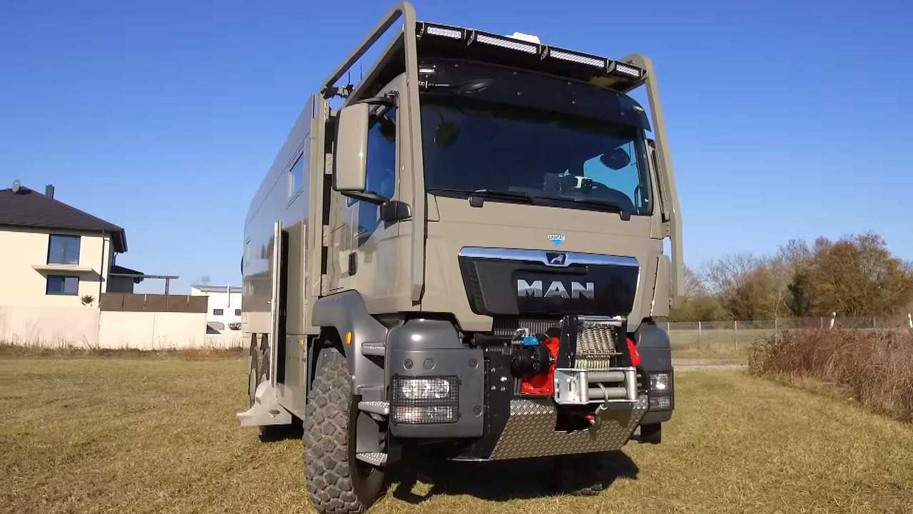 MAN TGS 6x6 by Unicat Expedition