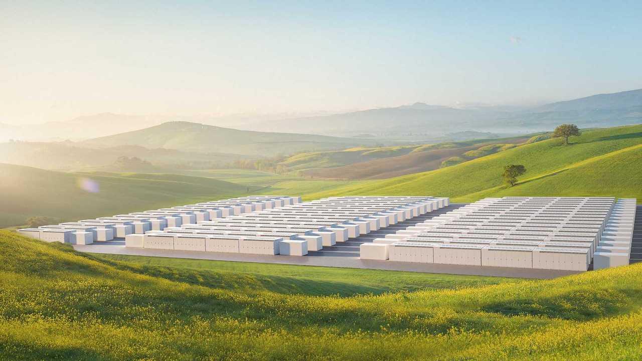 Tesla Megapack Puts Powerpack In Large Packages
