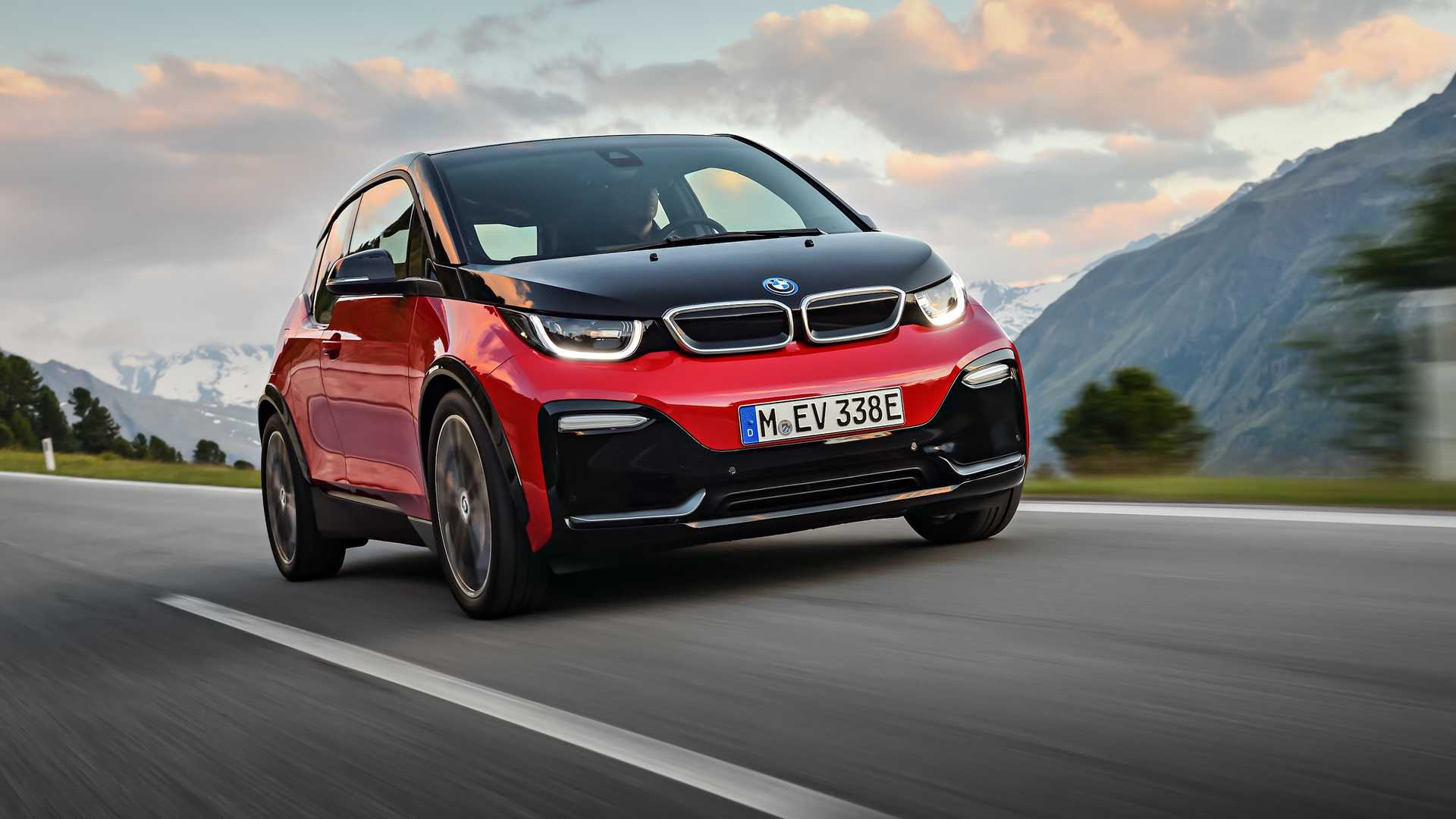 BMW Senior Mgmt Still Feels There's No Market For All-Electric Cars