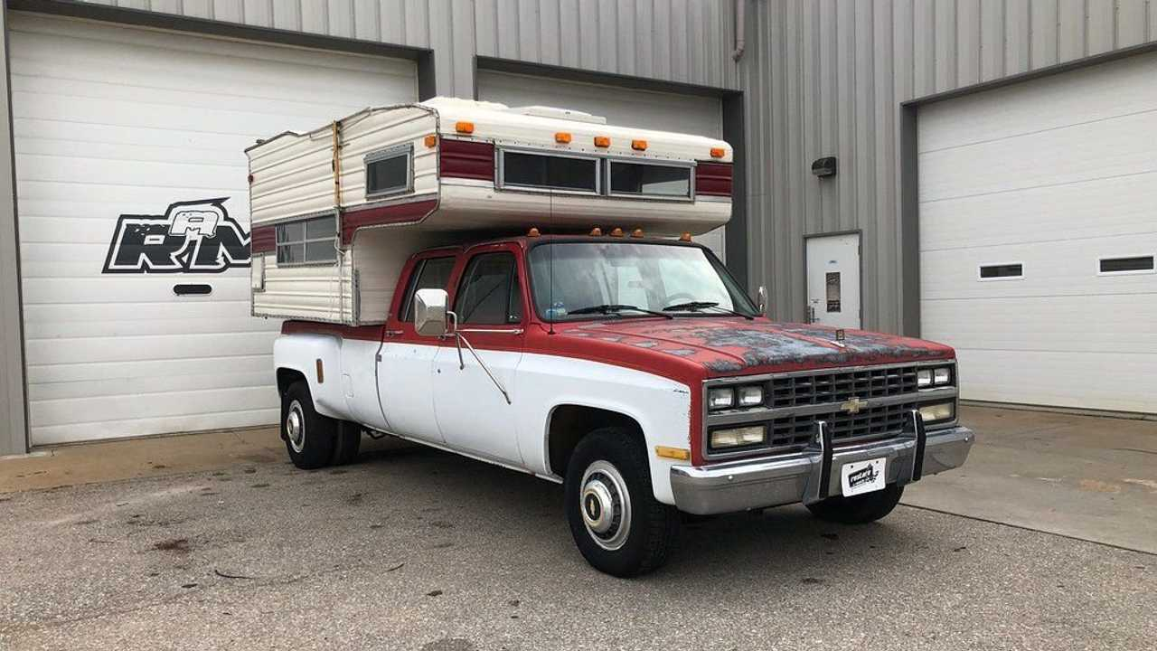 Go Anywhere In This 1991 Chevrolet C3500 With Camper