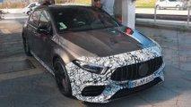 Mercedes-AMG A 45 fast ohne Tarnung erwischt