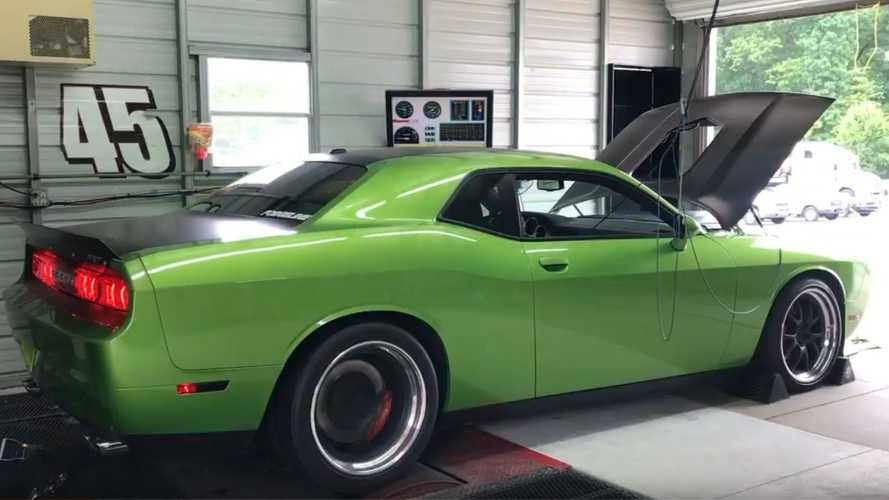 Check Out This 589-Horsepower 2011 Dodge Challenger SRT8