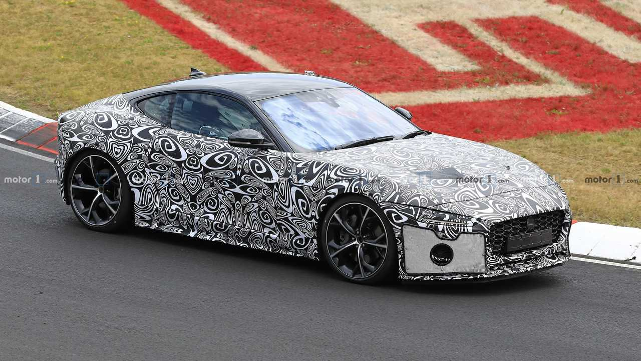2020 Jaguar F-Type Coupe spy photo