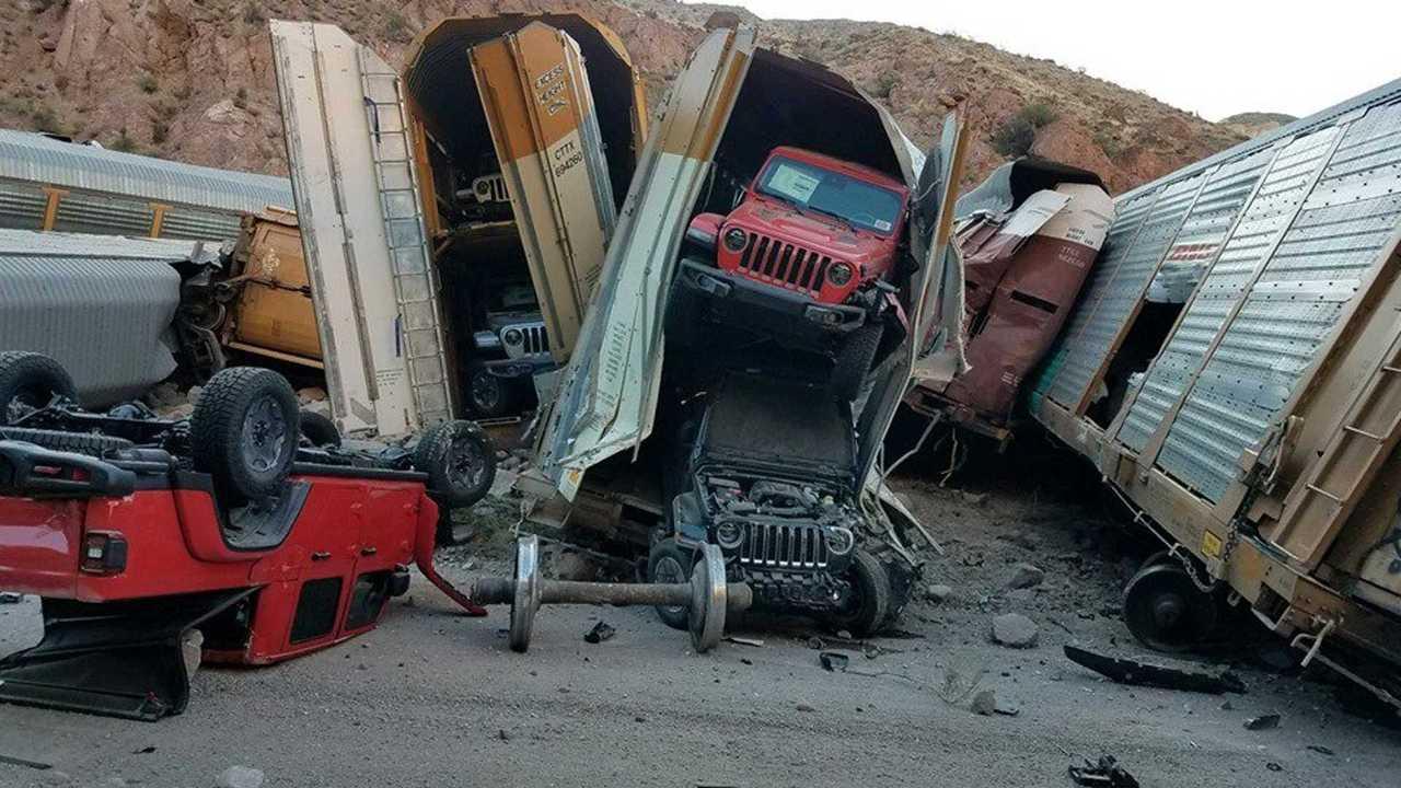 Összetört Jeep Gladiator modellek