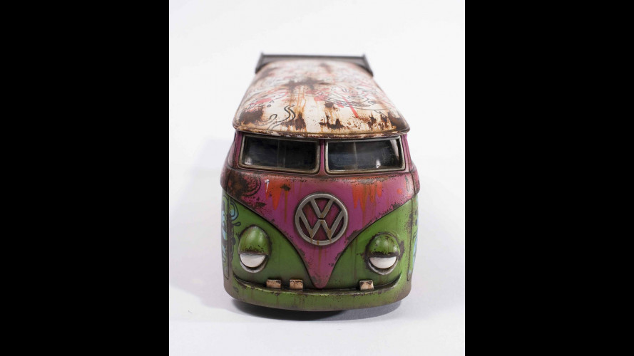 Volkswagen bus in mostra a Los Angeles