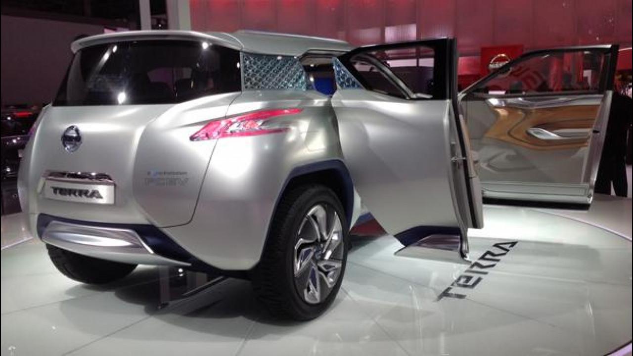 [Copertina] - Salone di Parigi:  Nissan TeRRA e Pivo3, le elettriche funzionali e fashion