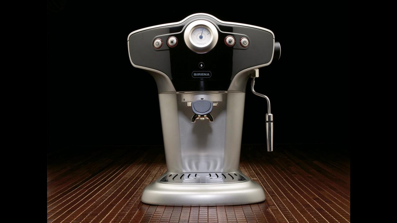 Macchina da caffè firmata BMW