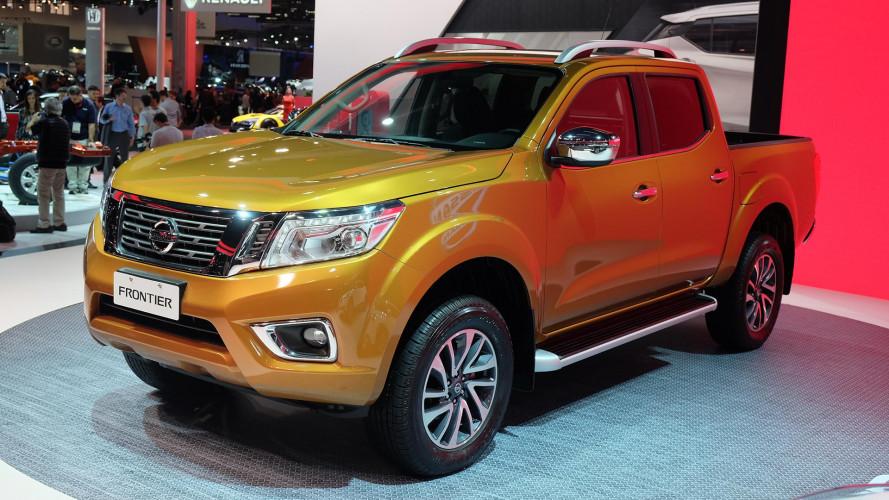 """Vídeo - Nova Nissan Frontier promete a """"melhor suspensão"""" entre as picapes"""