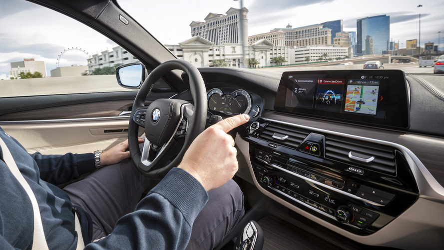 Otonom BMW 7 Serisi konvoyu bu yıl yollarda