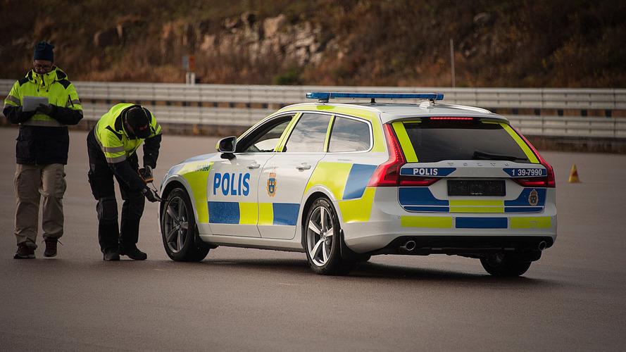 Volvo V90 Police Car