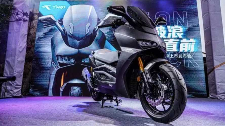 Chinese Motorcycle Manufacturer TARO Unveils TR400 Maxi-Scooter