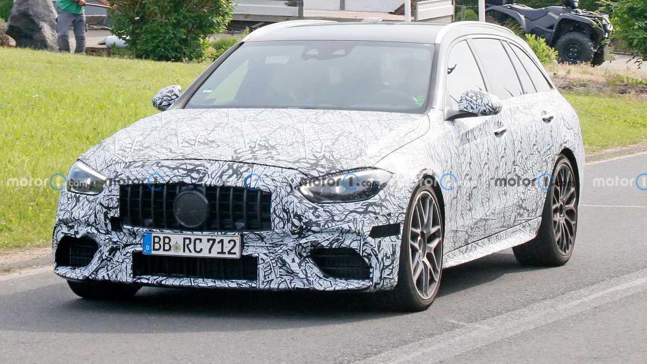 Новый универсал Mercedes-AMG C 63