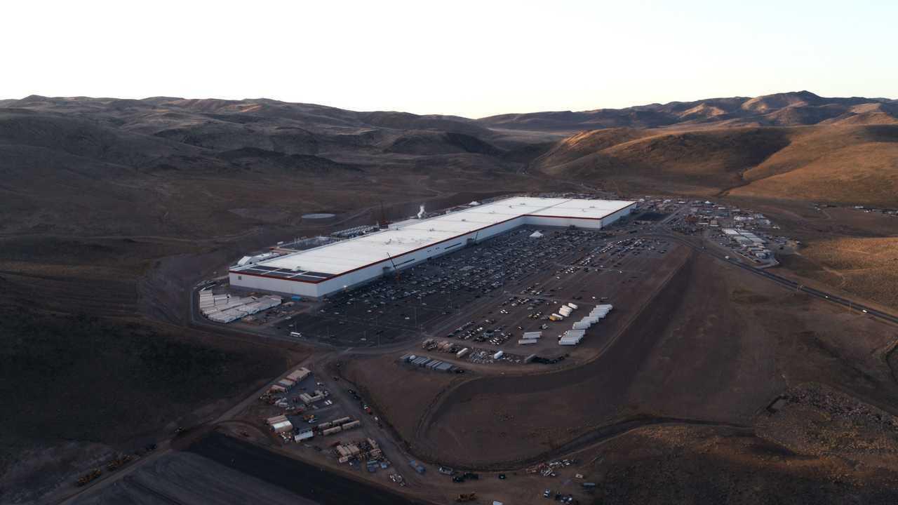 Tesla Giga Nevada (Tesla Gigafactory 1)