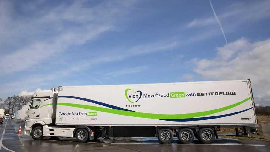 Mercedes Actros e Schmitz Cargobull, il convoglio più efficiente che c'è