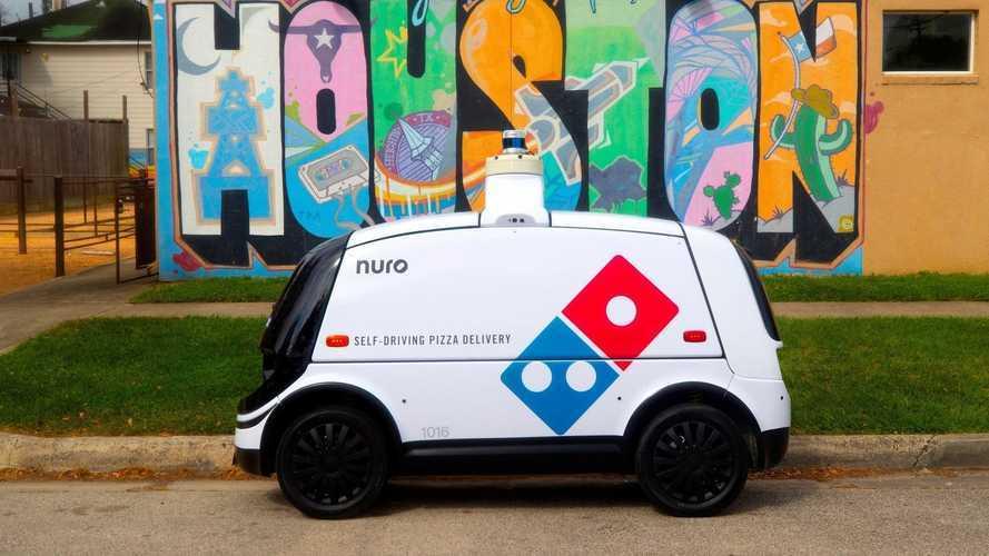 Dominos, ABD'de tam otonom sipariş teslimatına başladı!