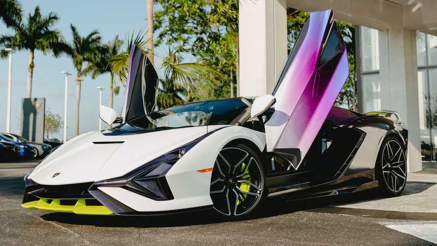 Lamborghini Sian Lands In Florida With Vibrant Purple Body, Green Trim