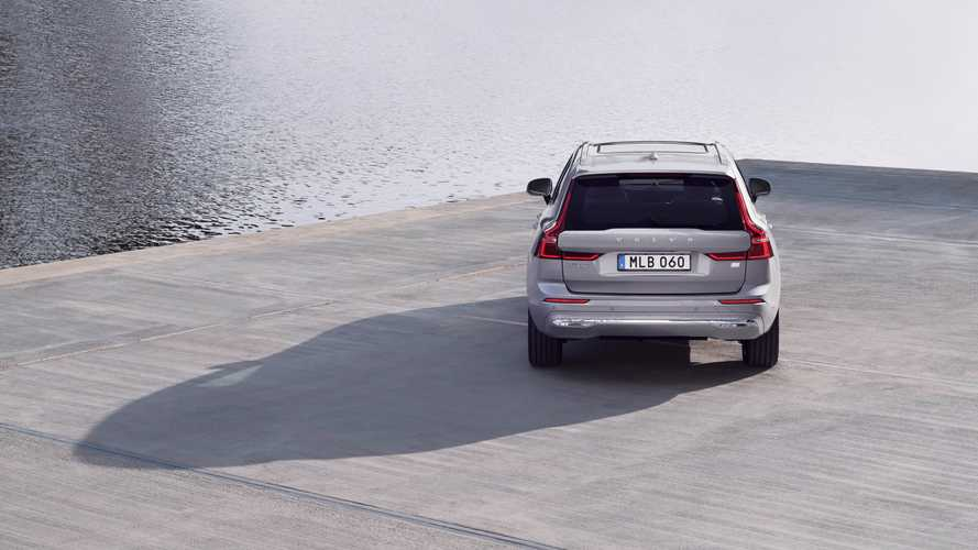 Le nuove Volvo ibride plug-in raddoppiano l'autonomia in elettrico