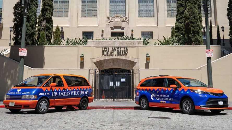 Toyota Previa dan Sienna di Perpustakaan Umum Los Angeles