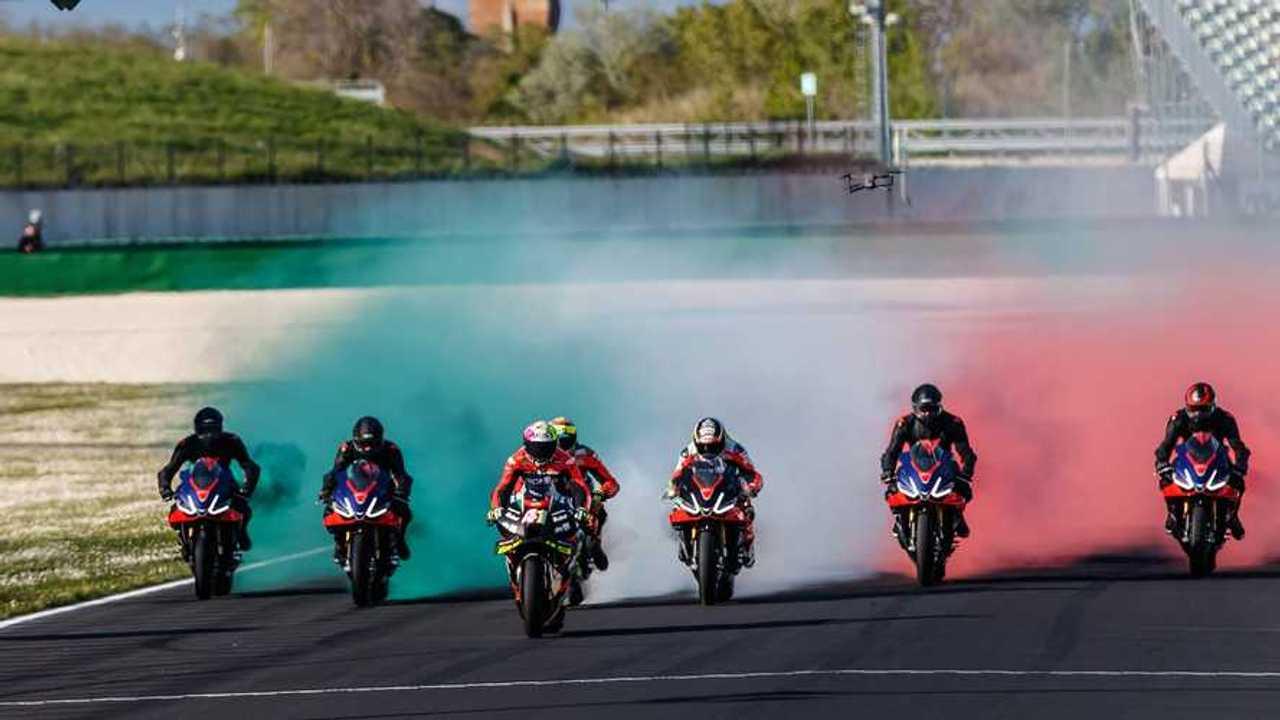 2021 Aprilia All-Stars Tricolor Smoke