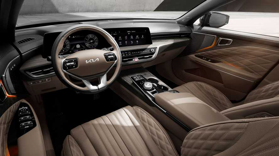 Kia K8 Cabin Revealed With Big Screens And Swanky Style