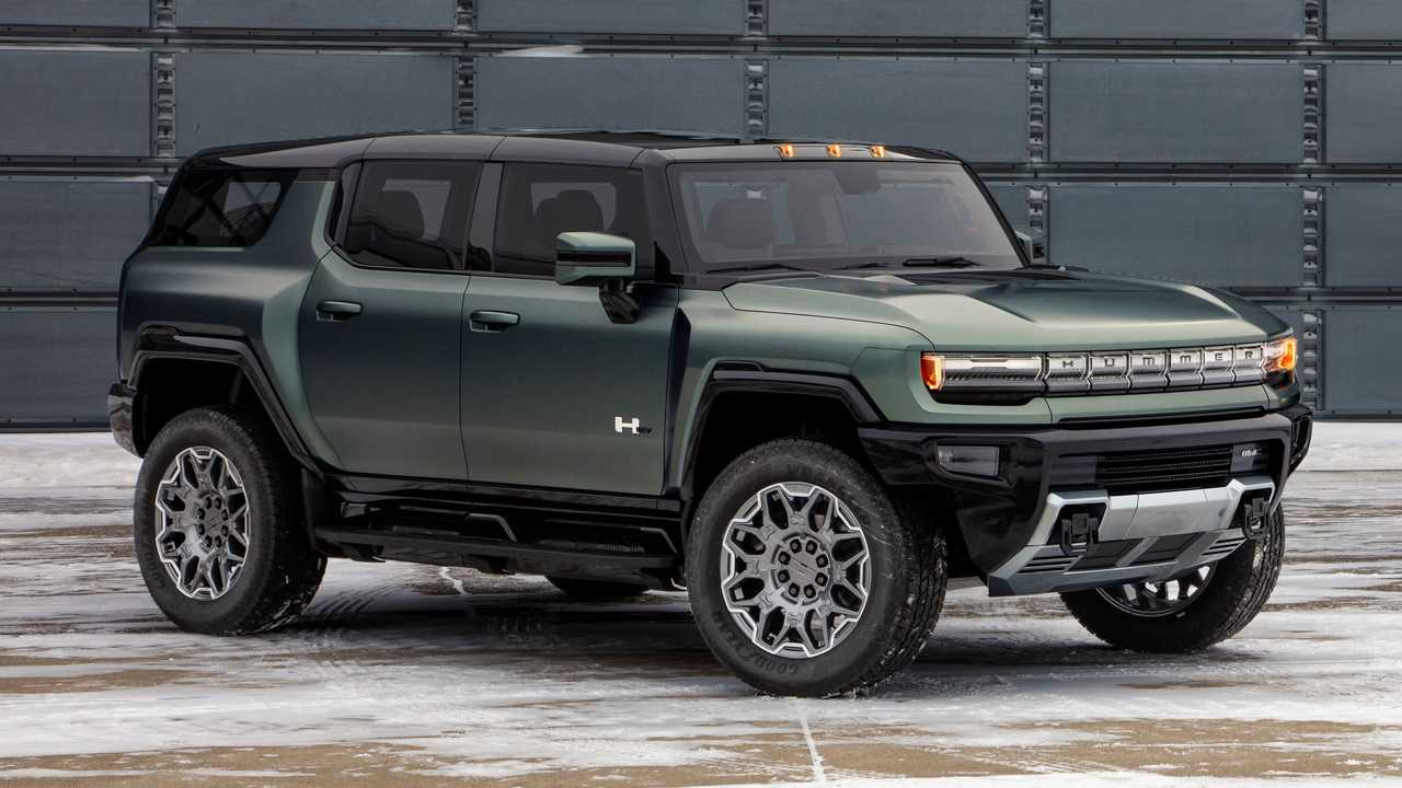 The 2024 GMC Hummer will arrive in early 2023.