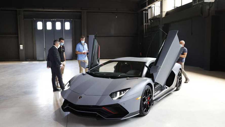 Teljesen új motort fejleszt a Lamborghini az Aventador utódjának