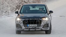 Audi SQ7 restyling, le foto spia