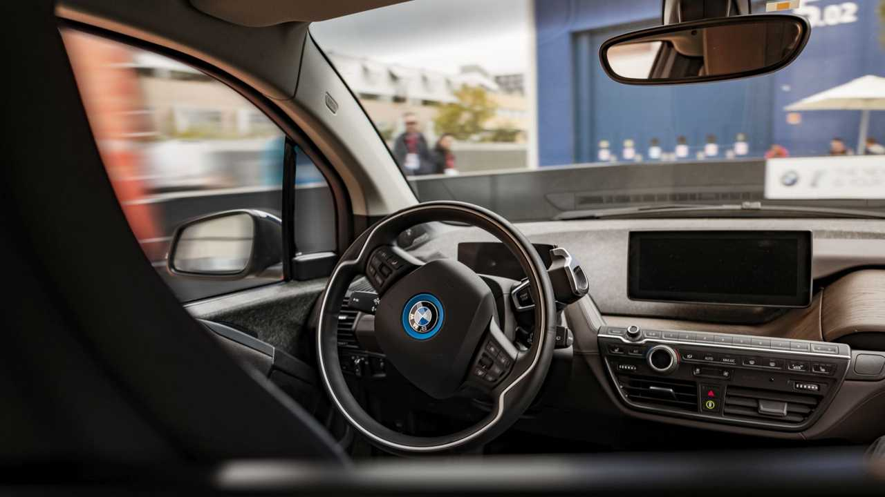 BMW önvezető technológia, i3