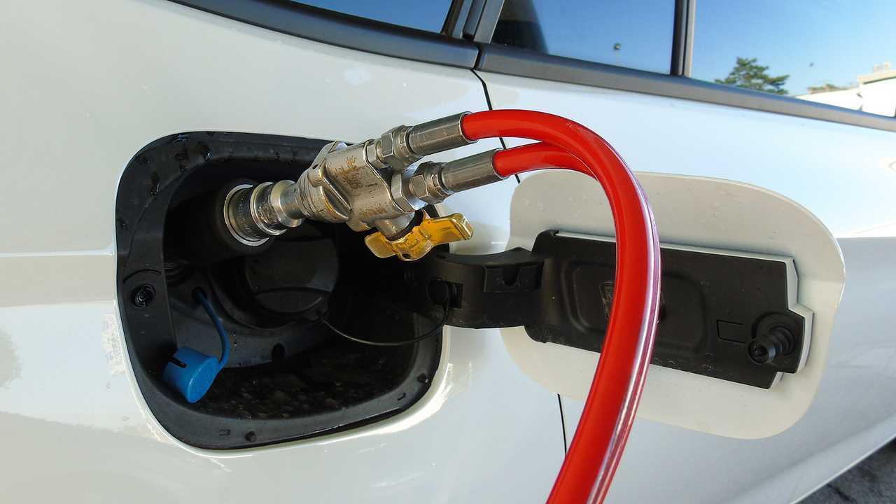 Rifornimento auto a metano