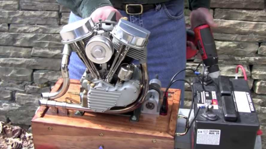 Check Out This Adorable Running Harley Panhead Model