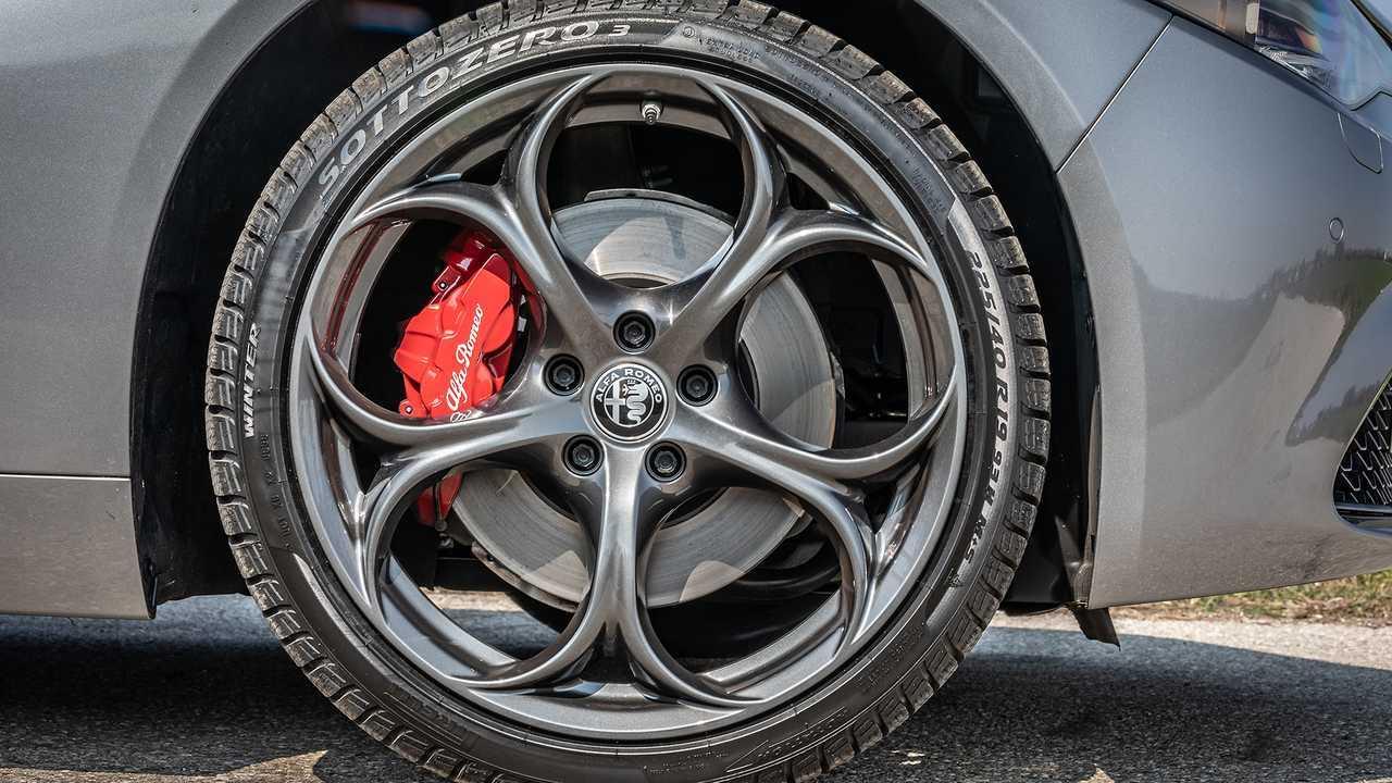 2019 Alfa Romeo Giulia B-Tech