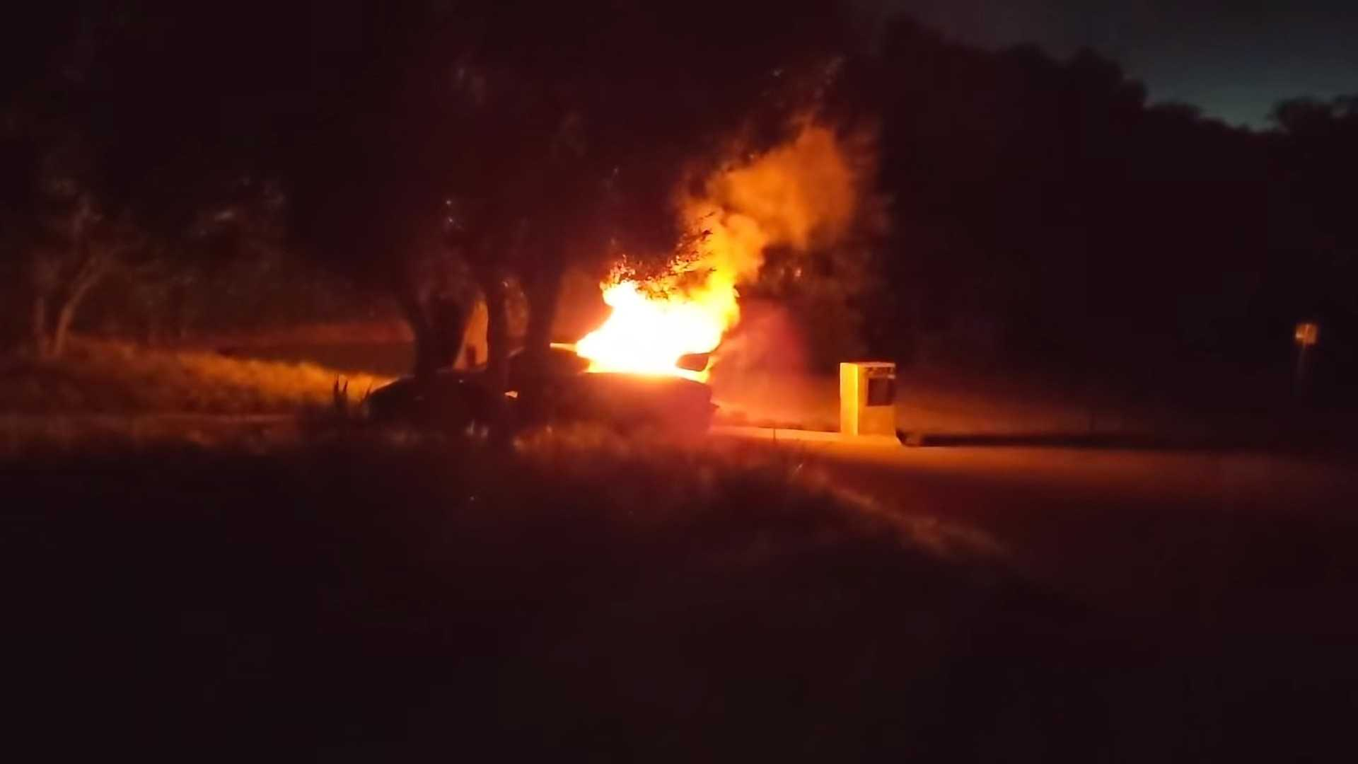 Salomondrin's McLaren Senna going up in flames