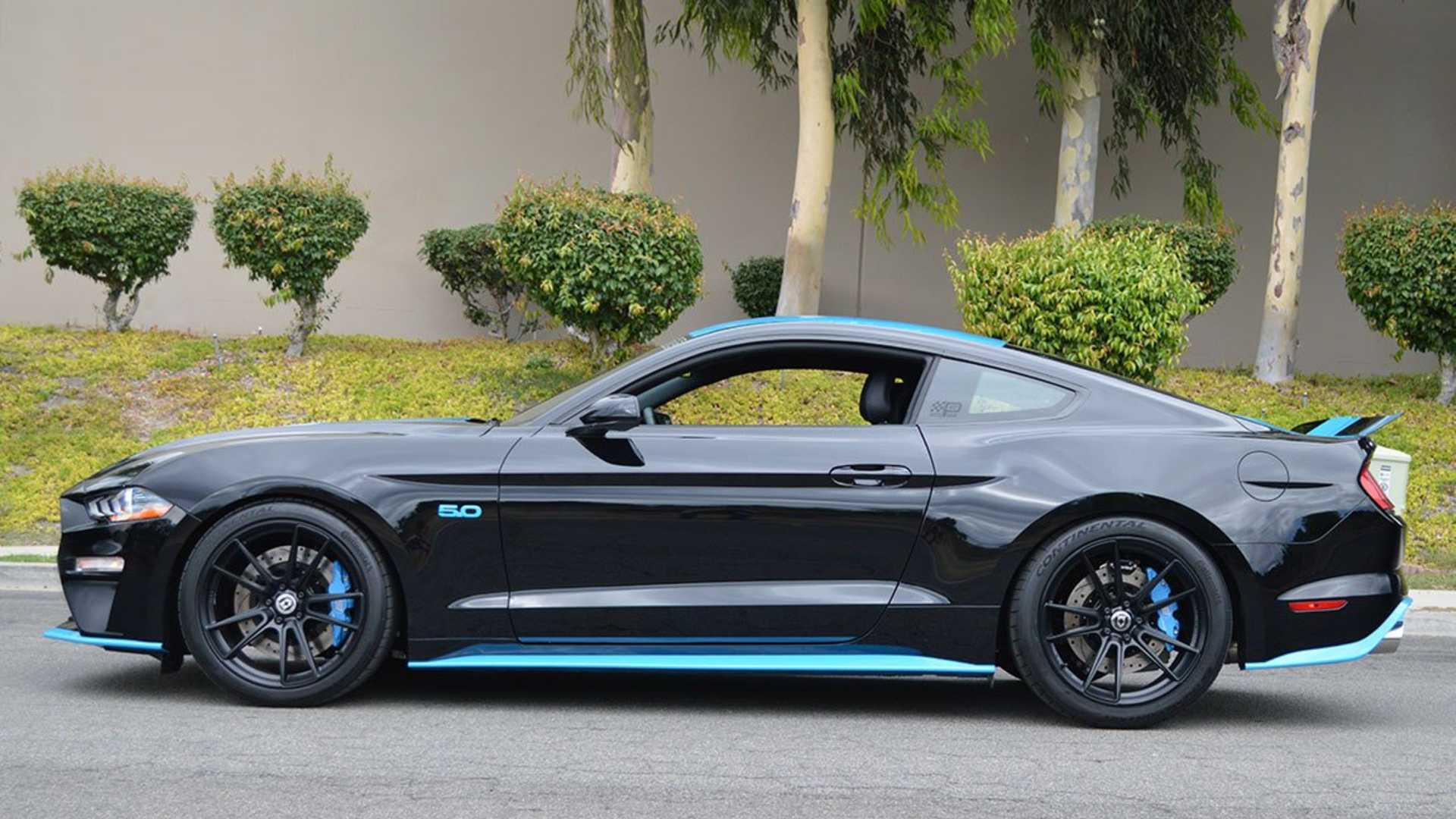 """[""""2018 Ford Mustang GT Pettys Garage King Premier Edition""""]"""