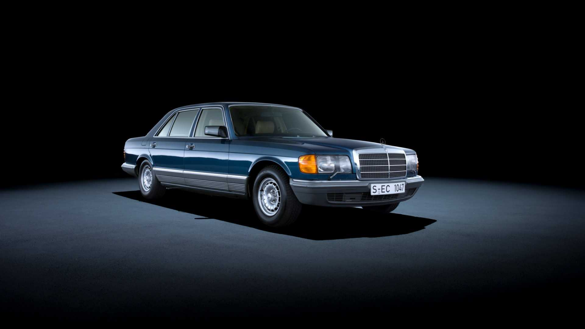 """[""""Mercedes-Benz S-Class W126""""]"""