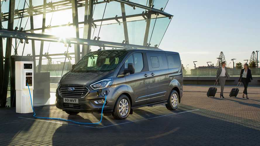 flipboard 2019 ford tourneo custom phev debuts as ultra. Black Bedroom Furniture Sets. Home Design Ideas
