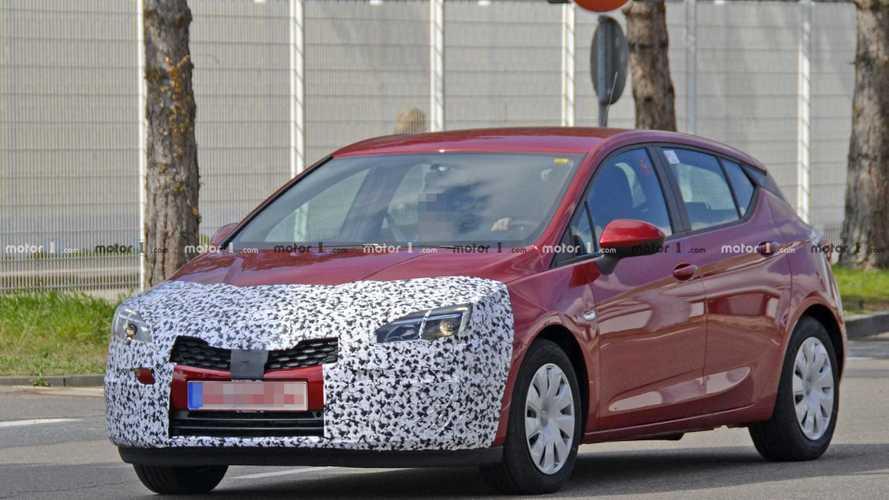 Opel Astra, un restyling nel segno della continuità