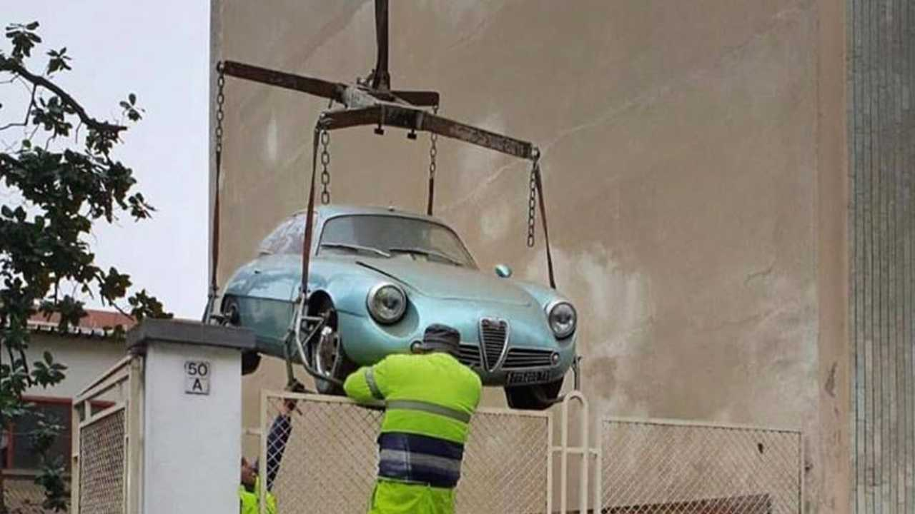 Alfa Romeo rescued from Turin garage